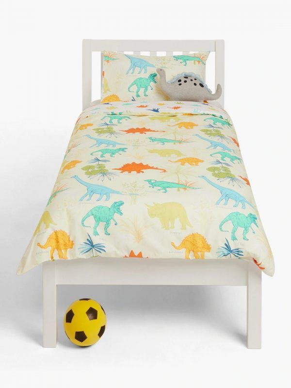 Kid's bedding with dinosaur print