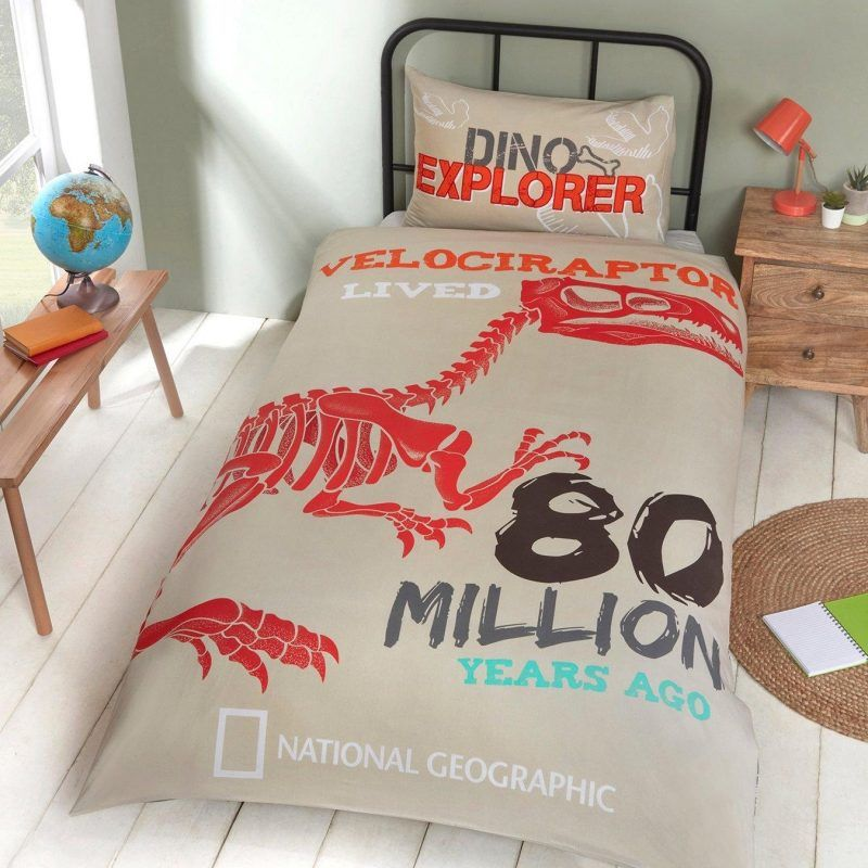 Prehistoric themed duvet set
