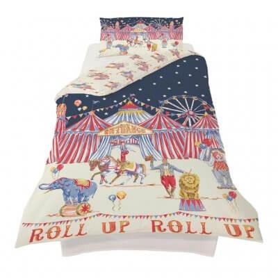 Retro style circus bedding set