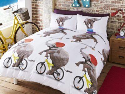 Kid's bedding set with elephant riding a bike print