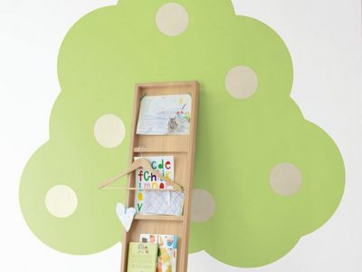 A bold, lime coloured tree muraluk
