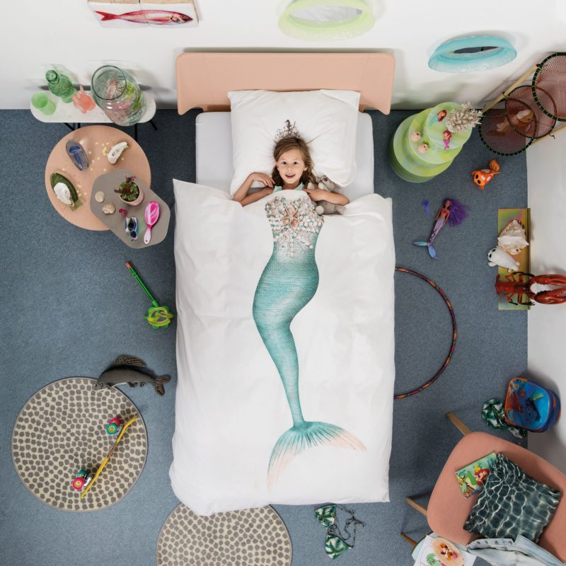 Mermaid-themed bedding set