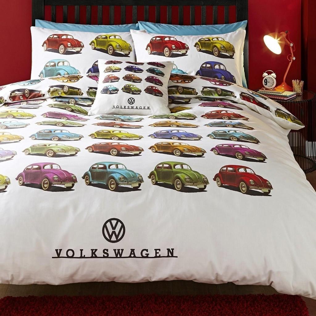Kid's bedding set with VW Beetle Car prints