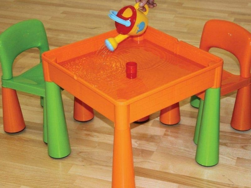 Play table filled with water