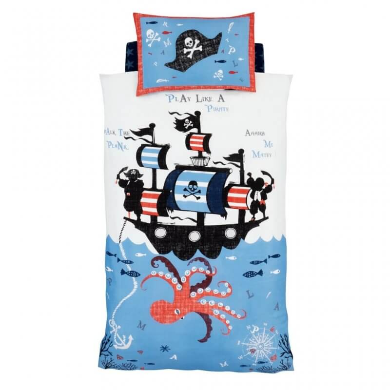 Pirate ship and giant squid duvet set