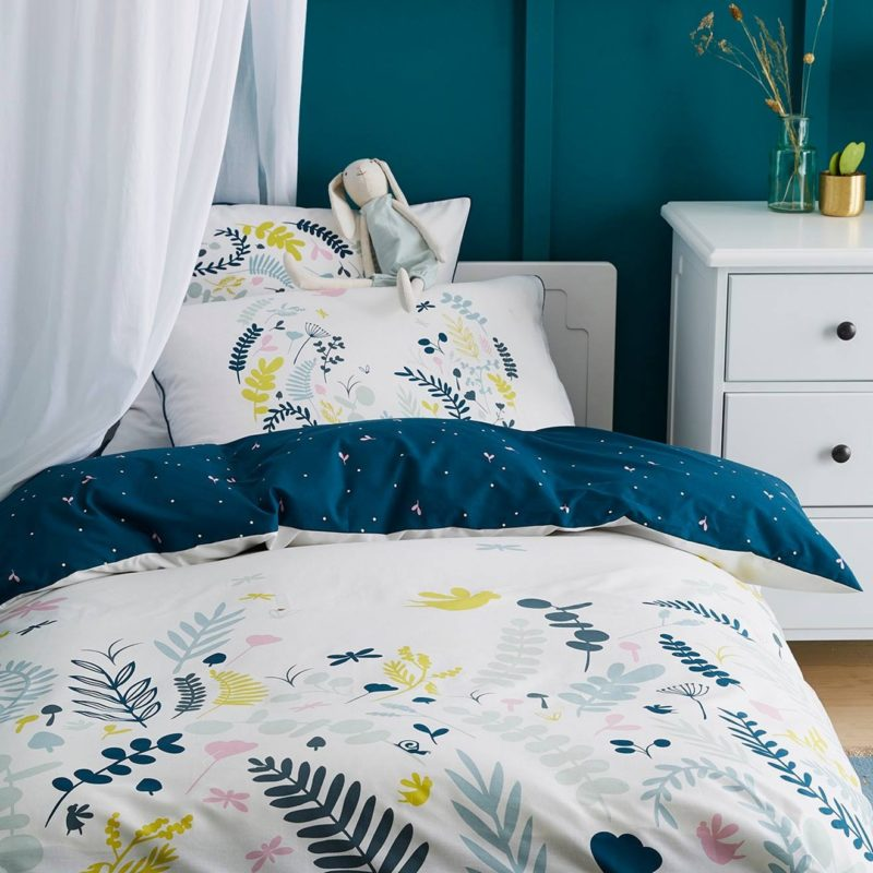 Botanical themed bedding set