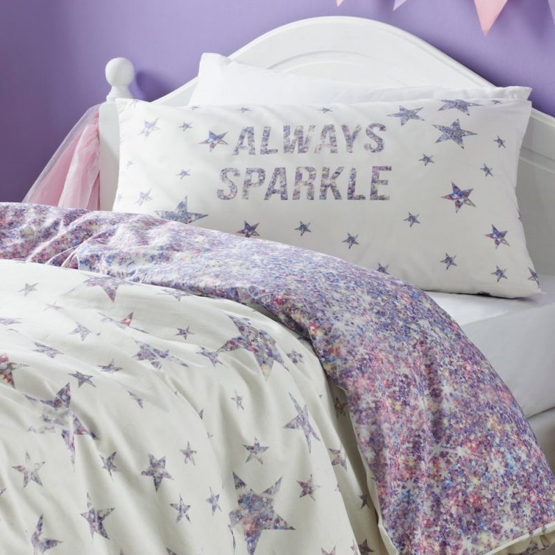 Stars pattern duvet set