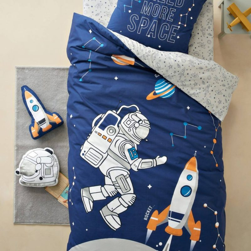 Astronaut and space rocket themed duvet set