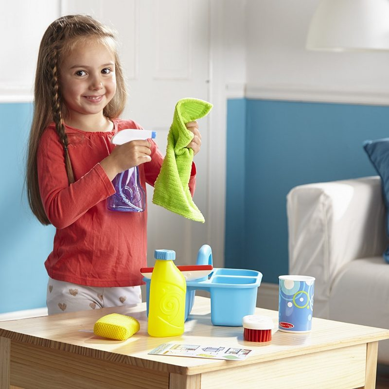 Kid's pretend play cleaning kit