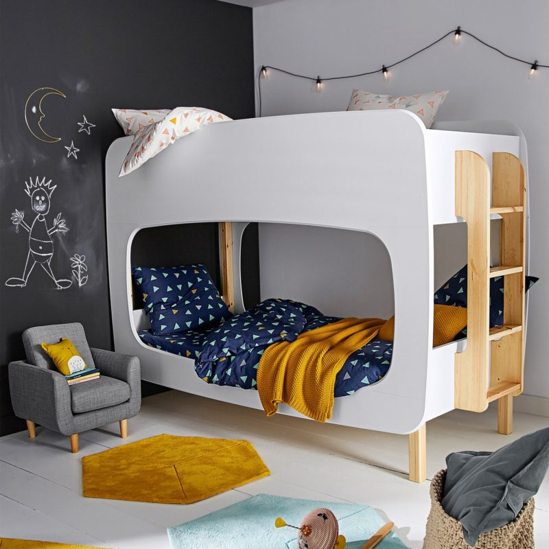 Bunk bed with painted sides and large opening
