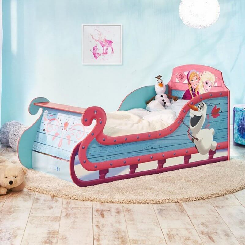 Frozen themed kid's bed