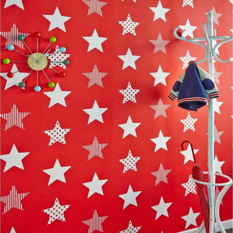 Red wallpaper with white stars