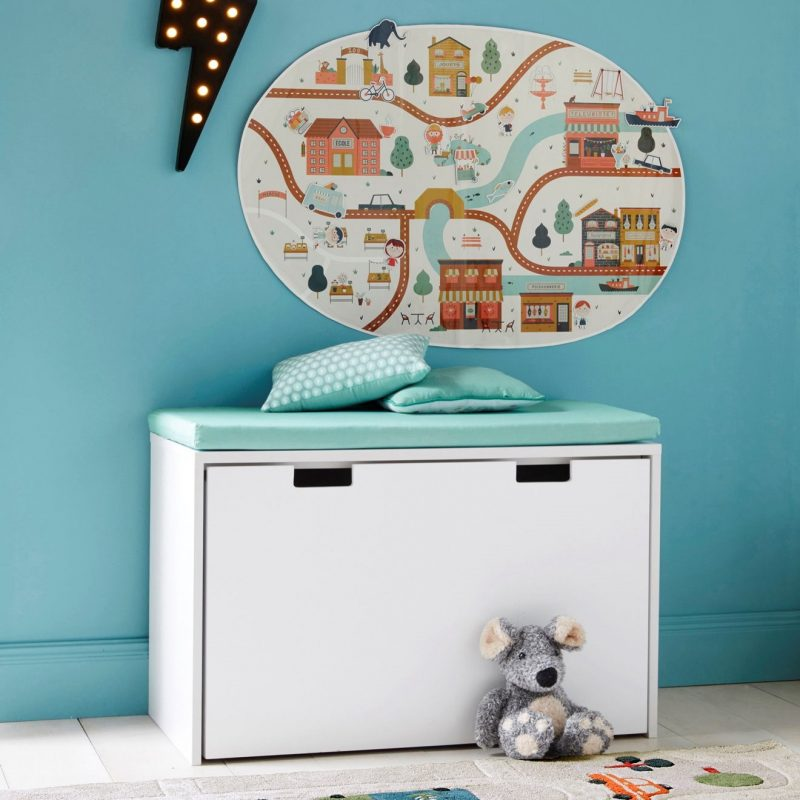 Storage chest with bench seat