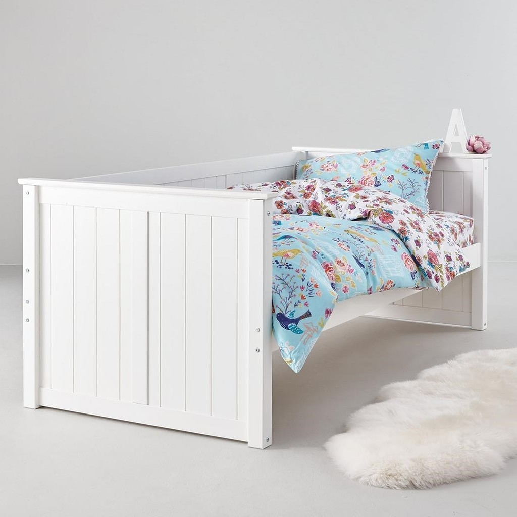 White painted daybed frame