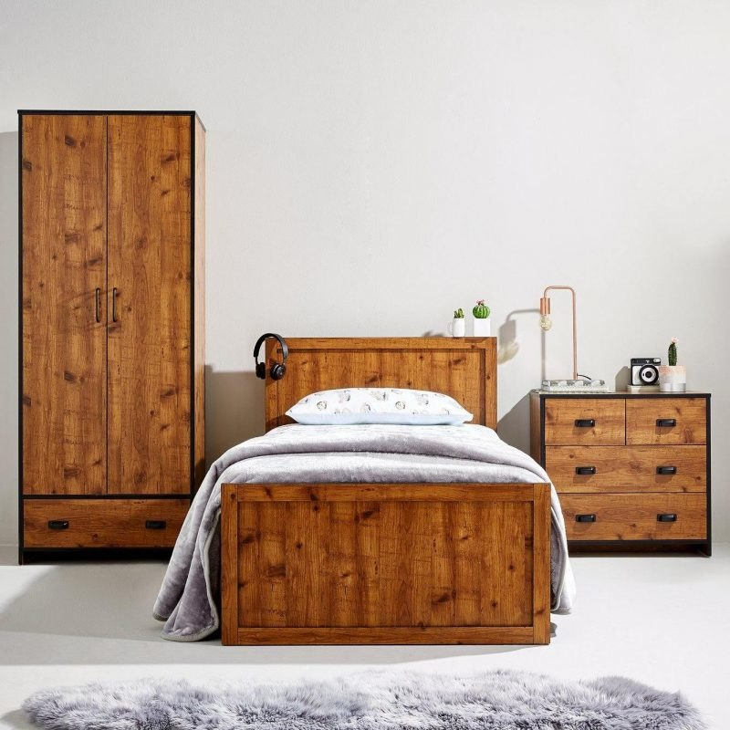 Rustic pine kid's bedroom furniture