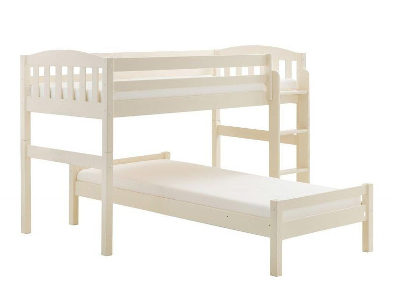 Bunk bed arranged at right angles