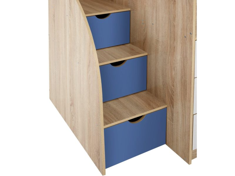 Steps with hidden drawers