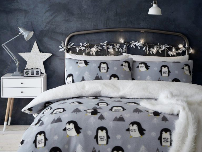 Penquin theme Christmas Duvet Set