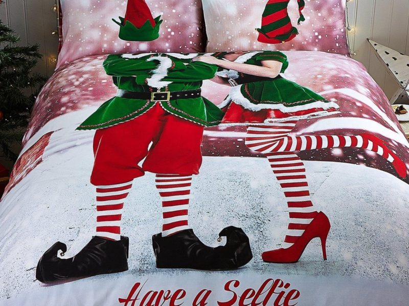 Selfie themed Christmas bedding set