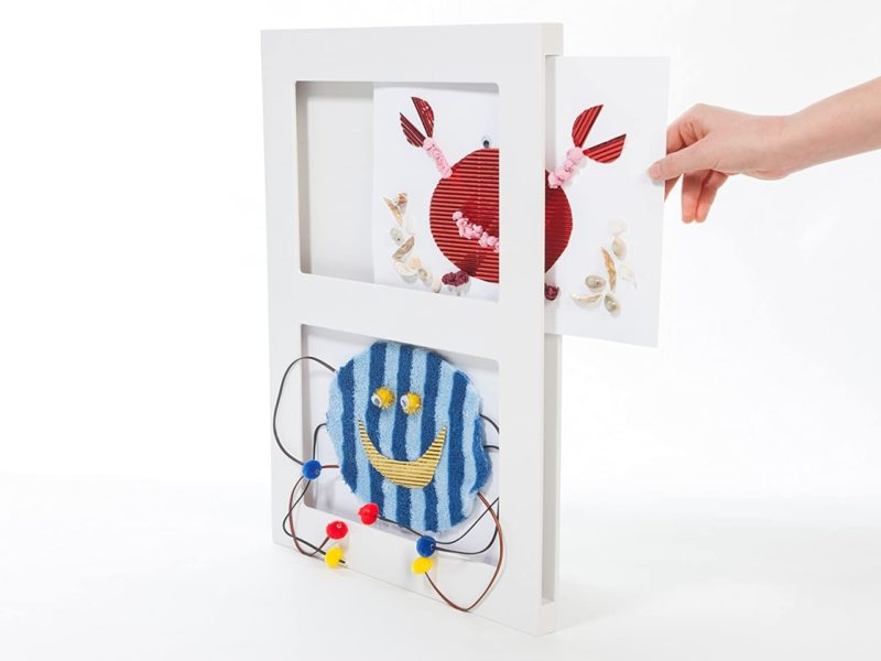Art frame with 2 sections