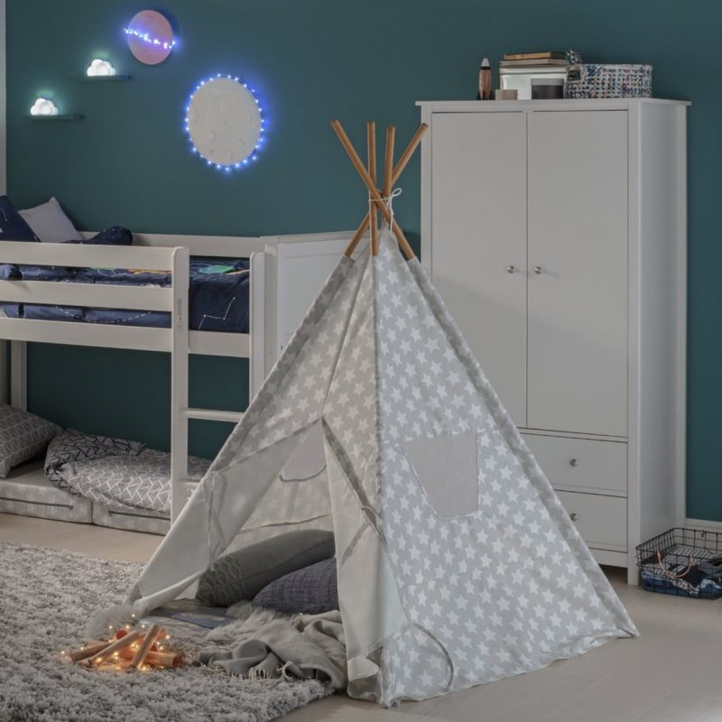 Grey and white star print play tent