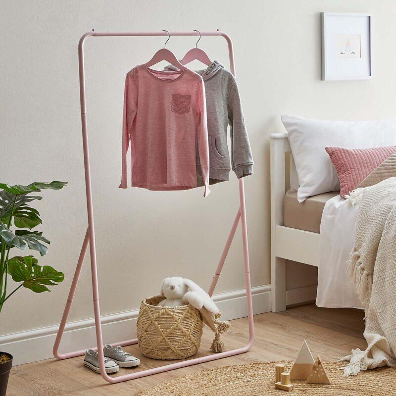Freestanding hanging rail - pink