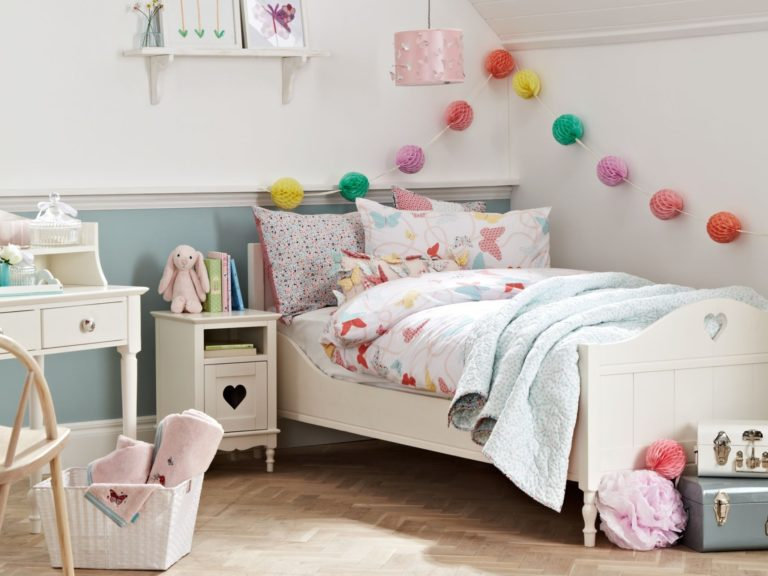 Children's white-painted bedroom furniture