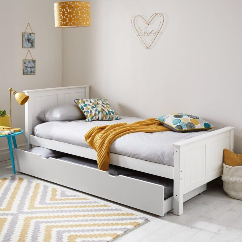 Classic style single bed frame