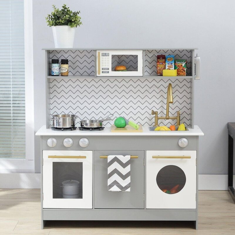Contemporary role-play kitchen