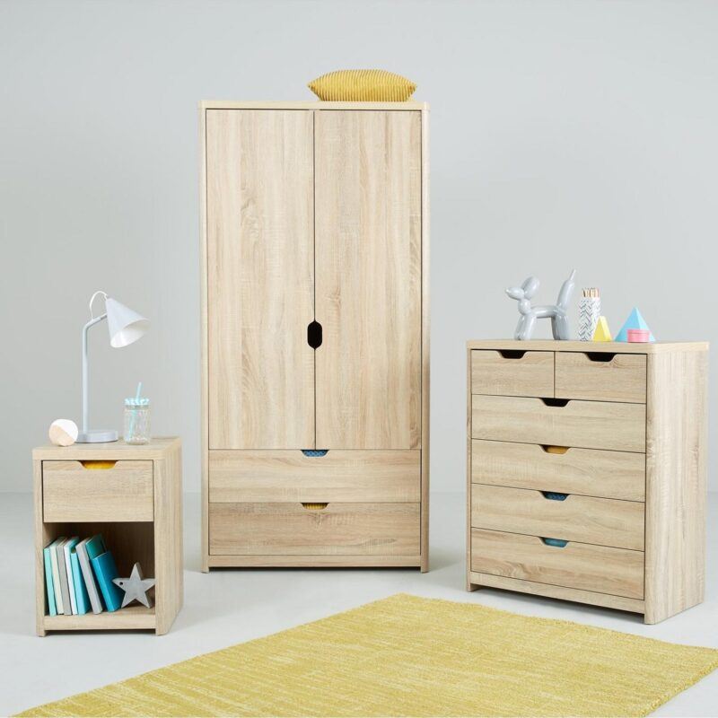 Oak Bedroom furniture with cut-out handles
