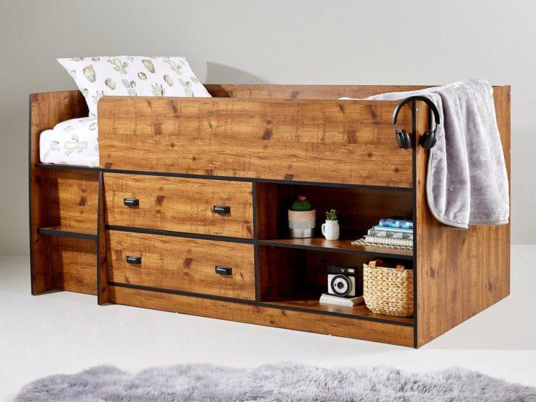 Rustic pine-effect cabin bed