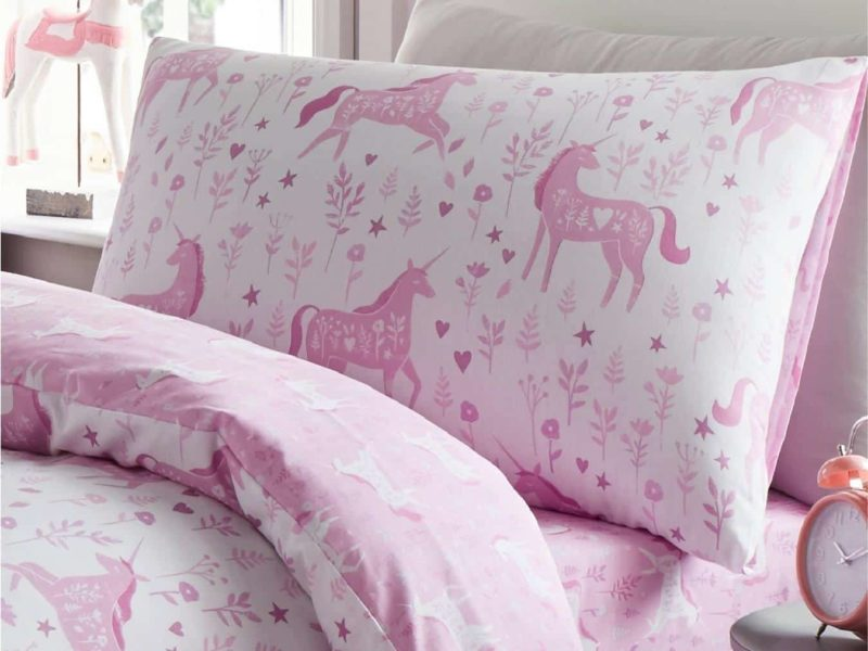 Pink unicorn bedding