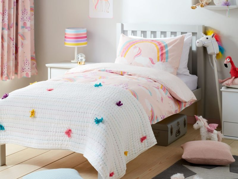 Unicorn theme bedroom