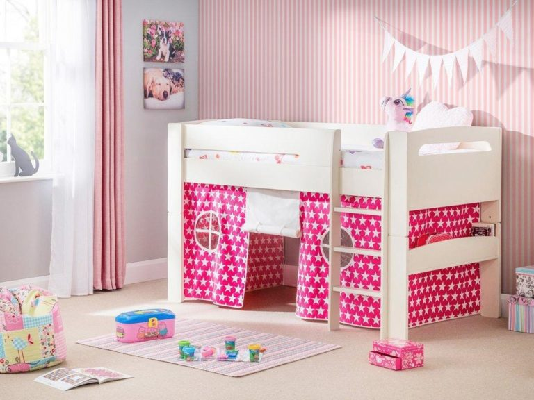 White mid-sleeper with pink/white star tent base