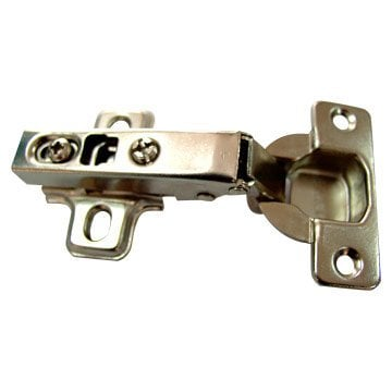 Self-closing hinge