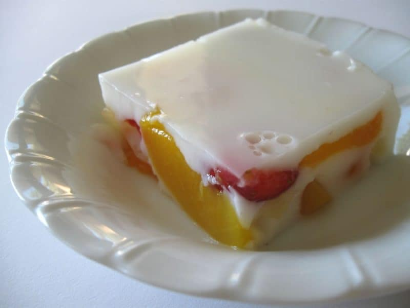 Milk Jelly with Fruit