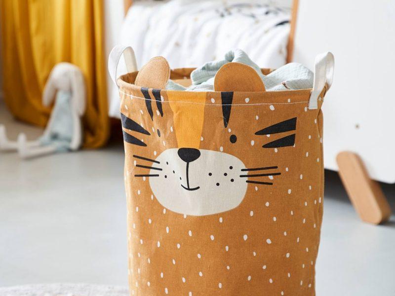 Tiger theme laundry bin