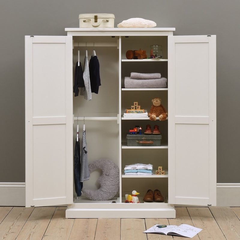 Children's white-painted wardrobe