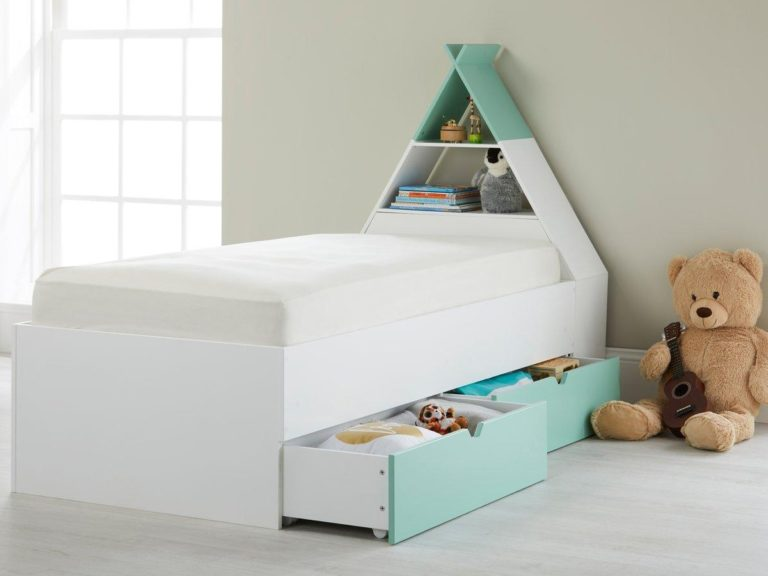 Kid's bed with teepee-style storage headboard - green