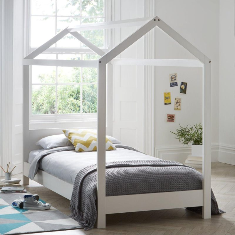 Kid's single bed with a house-shaped frame