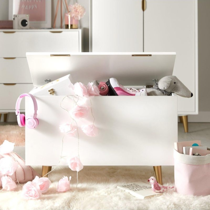 White-painted toy chest with gold coloured handles