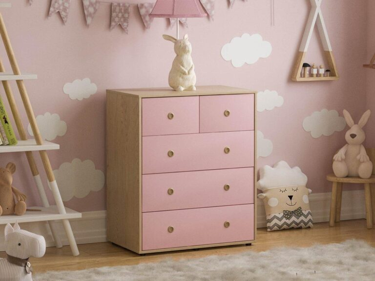 Oak and pink drawer chest